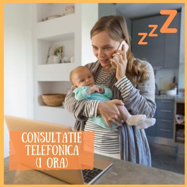 mamica ce tine bebelusul in brate si vorbeste la telefon